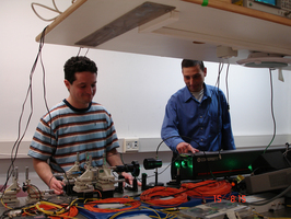 Dr. Matty Katz and MSc student Alex Hayat in the Optical Quantum Computation, Communication and Cryptography lab (joint lab with EE)