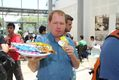 CS Dean Serves Popsicles to Students in End-of-Year Celebration