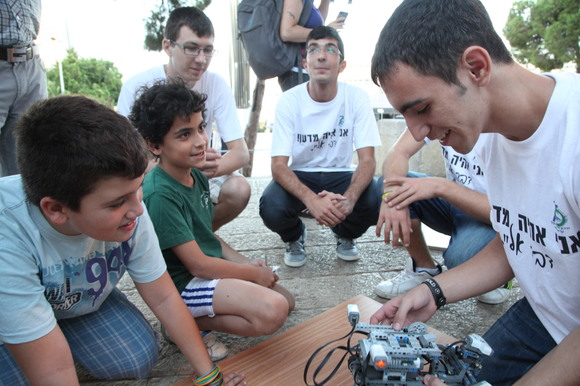 Technion and CS 2012 Researchers Night, photo 172