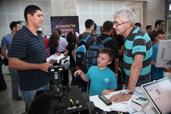 Technion and CS 2012 Researchers Night, photo 251